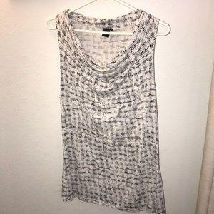 🎉2/$10 Ann Taylor scrunch neck tank top